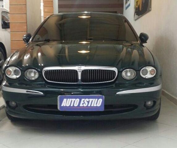2001 Jaguar S Type Interior: Jaguar X-Type 2011 Verde
